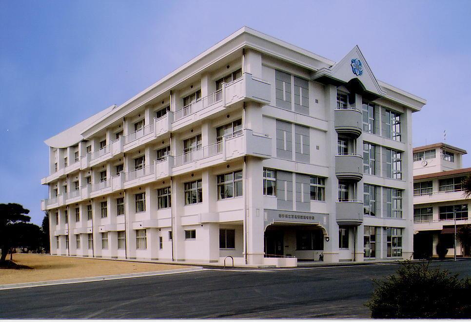 花北青雲高等学校