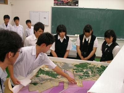 釧路東高等学校制服画像